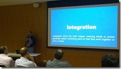 Sandro-Pereira-speaking-at-LIX-SQLPort-Integration